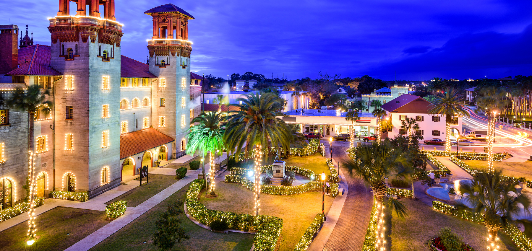 st augustine alcazar courtyard view with christmas lights for nights of lights display