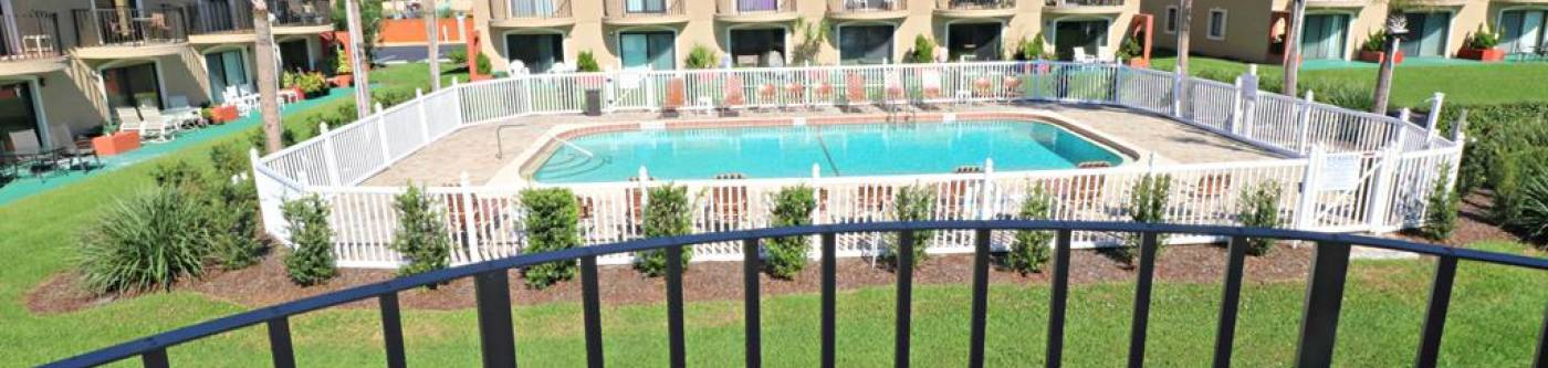 ponce landing st augustine florida view of pool from vacation rental patio